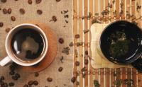 喝茶和喝咖啡,哪个更健康?喝茶和喝咖啡有什么好处,有什么坏处?喝茶和喝咖啡的窍门